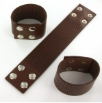 armband met gaatjes - bruin large
