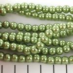 glass pearls 6 mm - light green