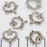 hart versierd met 5 gaatjes - zilver