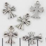 hanger kruis versierd - zilver