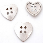 metal button heart 34 mm - old zilver