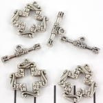 toggle clasp flat cross - silver