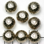 round decorated with heart - silver 15 mm