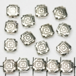 flat square decorated 9 mm - silver