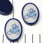 HappyDutch ovaal - fietsende boerin