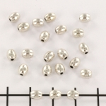 metal oval bead - smooth silver