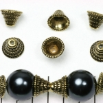beadcap conical with dots - gold