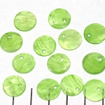shell round flat 12 mm 1 hole - light green