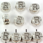 metalen alfabet letter kraal - zilver R