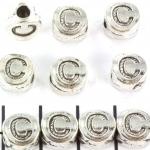 metalen alfabet letter kraal - zilver C