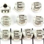 metalen alfabet letter kraal - zilver E