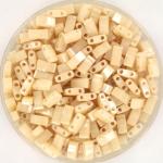 miyuki half tila 5x2.3 mm - ceylon light caramel