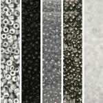 miyuki seed beads 11/0 - black and white