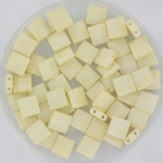 miyuki tila 5x5 mm - opaque matte cream