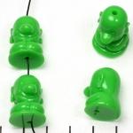 lief monnikje zittend lachend - groen