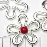 ring met rijggat bloem 43 mm - lichtzilver open