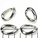 ring  with hole oval twisted - silver 29 mm