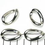 ring met rijggat ovaal gedraaid - lichtzilver 29 mm
