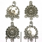round decorated with 1-3 eyelets - silver