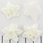 bloemen met blaadjes 25 mm - gebroken wit