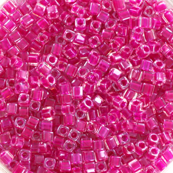 Extra foto's miyuki cubes 1.8mm - fuchsia lined crystal