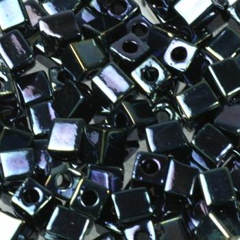 Extra foto's miyuki cubes 4mm - metallic iris gunmetal