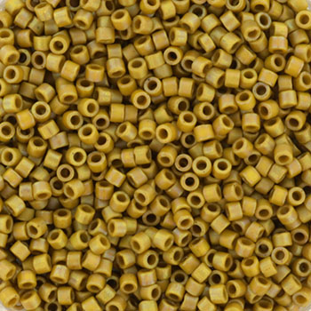 Extra foto's miyuki delica's 11/0 - opaque matte ab glazed honey bee