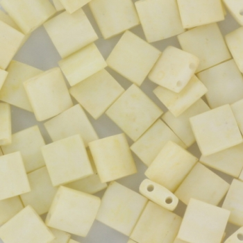 Extra foto's miyuki tila 5x5 mm - opaque matte cream