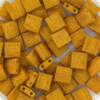 Extra foto's miyuki tila 5x5 mm - opaque matte mustard